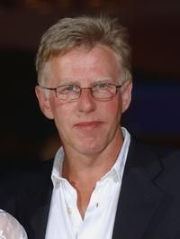The Taxi Driver was portrayed by British actor, Phil Davis.
