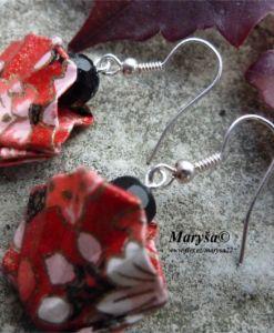 Red flowered seashell earrings.