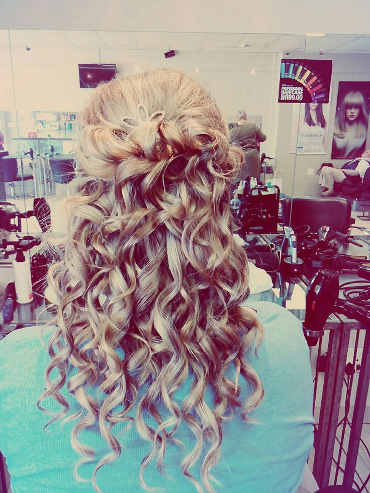 Hairstyle Wedding  Prom  Curls  Blonde long hair
