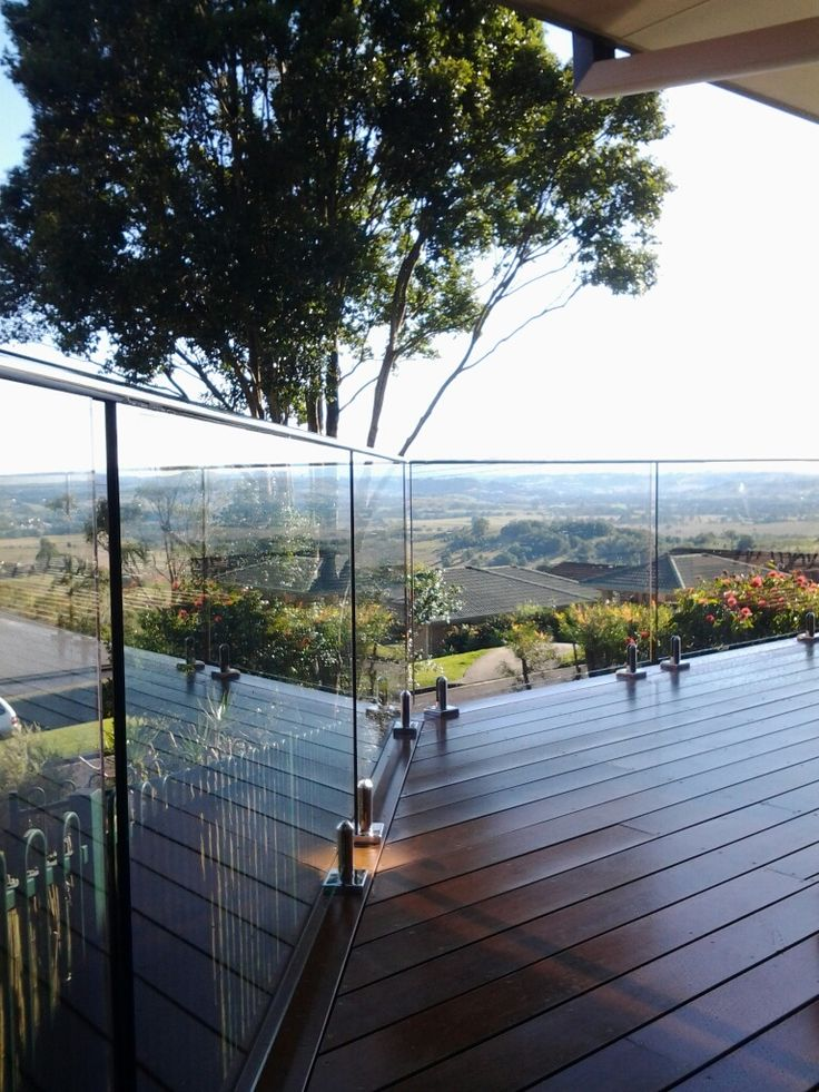 Love this!!  Our ROBCO Balustrade system using deck mounted spigots and our 25mm capping rail - Thanks to our NSW Customer for sharing!