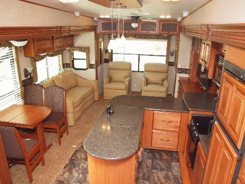 Deluxe accommodations from a Big Country Fifth Wheel at www.lakeshore-rv.com