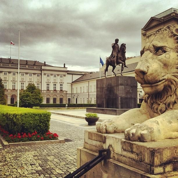 Pałac Prezydencki - Government palace and a historic sight definitely worth visiting #Warsaw