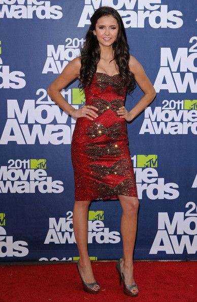 Nina Dobrev Photos: 2011 MTV Movie Awards