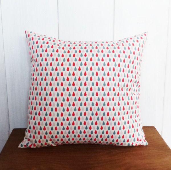 housse de coussin 40 x 40 cm tissu motifs g om triques. Black Bedroom Furniture Sets. Home Design Ideas