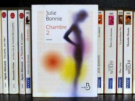 Chambre 2, de Julie Bonnie : http://www.menagere-trentenaire.fr/2013/08/30/chambre-2-julie-bonnie