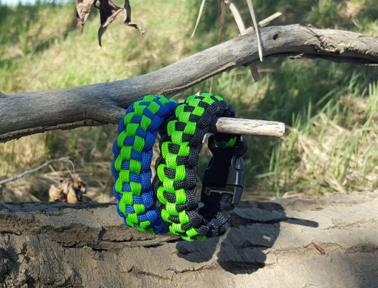 Checkered Weave Paracord Bracelet Emergency Outdoors Survival Supplies by BrodsParacord on Etsy