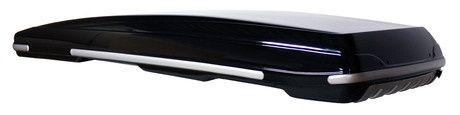 Packline FX-Offroad glasvezel versterkte dakkoffer 400L. Packline Offroad is een skibox die speciaal is ontworpen voor SUV's en andere robuuste auto's, evenals het hebben van een kort dak en/of grote achterklep. Low-profile skibox, dat slechts 23 cm hoger is dan de dakdragers. De dakkoffer heeft een inhoud van 400 liter en ruimte voor ski's tot 208 cm. De dakkoffer wordt geleverd met iZi2connect quick-release koppelingen voor snelle, eenvoudige montage. Prijs: € 1.390,00