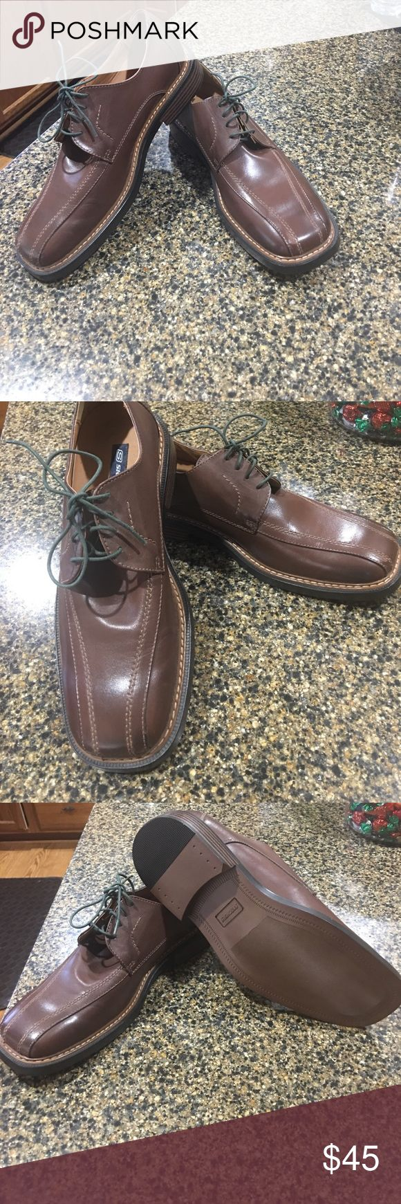 New. Sketchers 11.5 Brown is the color for men attire.  The shoe that will take your from dress to casual. Cushion inside for full day wear. Skechers Shoes