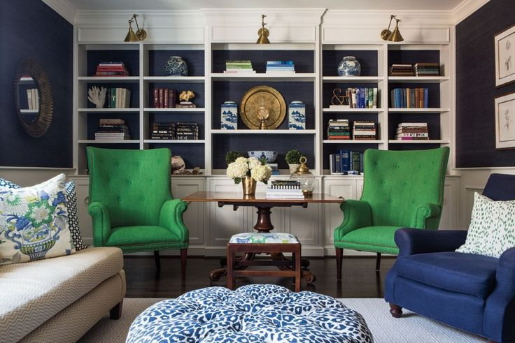 Armed with a palette of cheery colors, bold fabrics and contemporary art, designer Mindy Day transforms a Prairie Village townhome