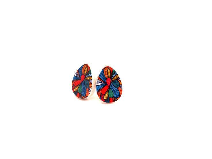 Boucles d'oreilles graphiques puces feuille en bois motif multicolore : Boucles…