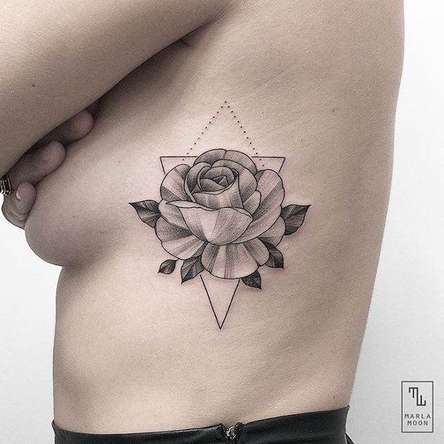 For María. #linework #rose