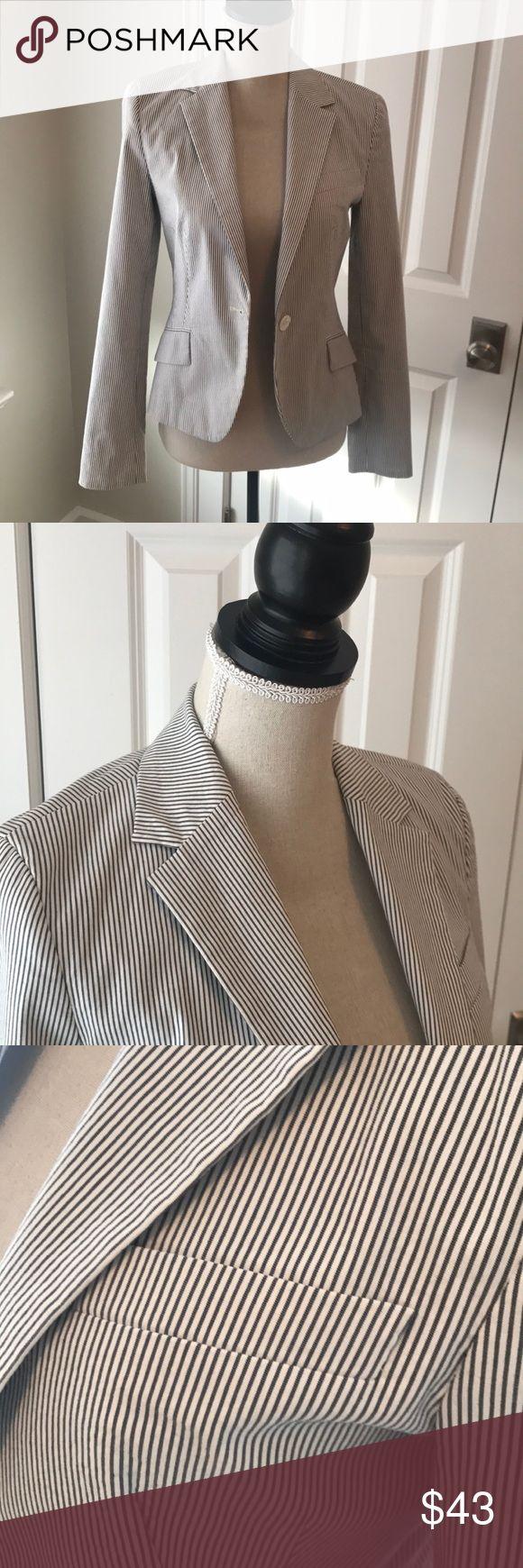 Zara blue seersucker blazer Zara blue seersucker blazer. Blue and white. White button detailing. In perfect shape. Size medium. Zara Jackets & Coats Blazers