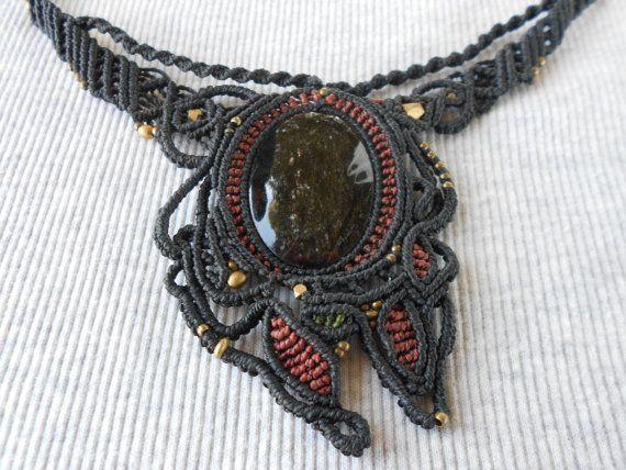 #Collar #macrame #Handmade macrame #necklace Macrame por GipsyCrafts