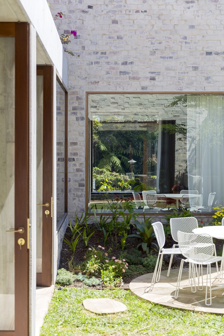 Gallery of Courtyard House / ​Aileen Sage Architects - 12