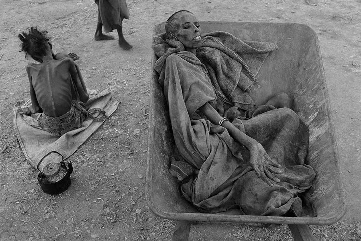 Famine in Somalia by James Nachtwey 1992