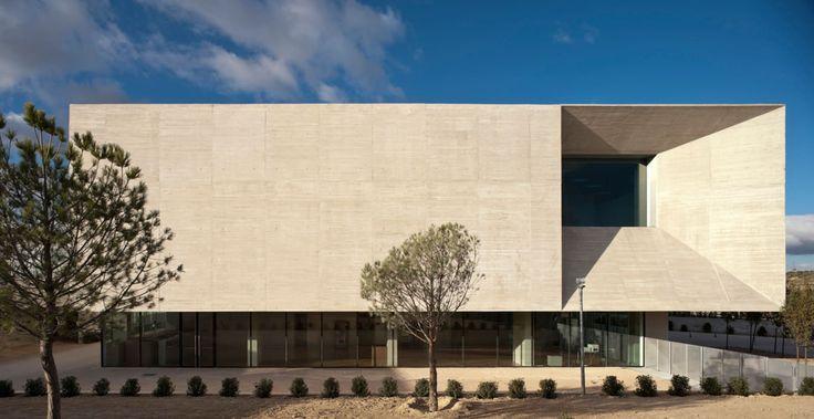 Nieto Sobejano Arquitectos, Fernando Alda, Roland Halbe · Montecarmelo Sports Centre