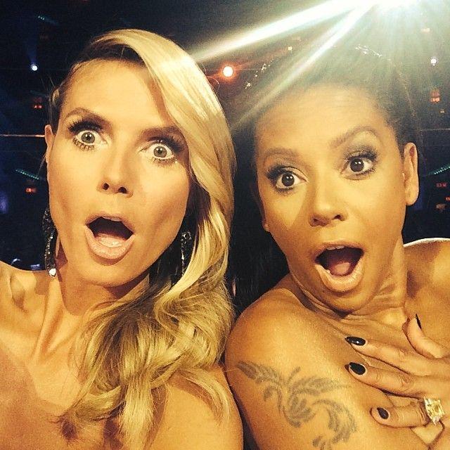 PHOTO: Heidi Klum en Mel B maken naakt een selfie