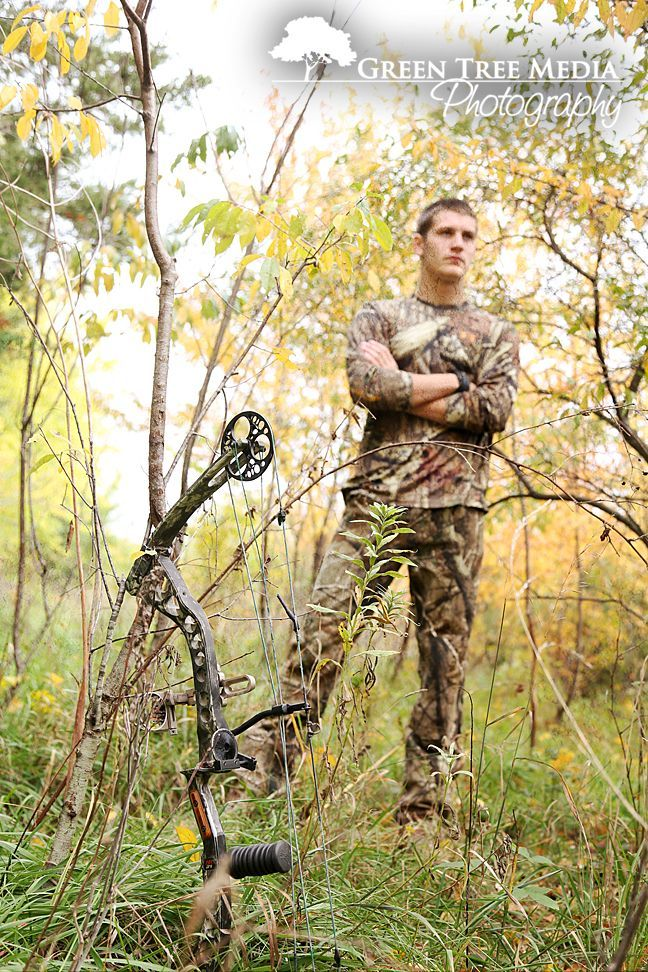 Senior Portrait / Photo / Picture Idea - Guys / Boys - Hunting - Archery - Bow