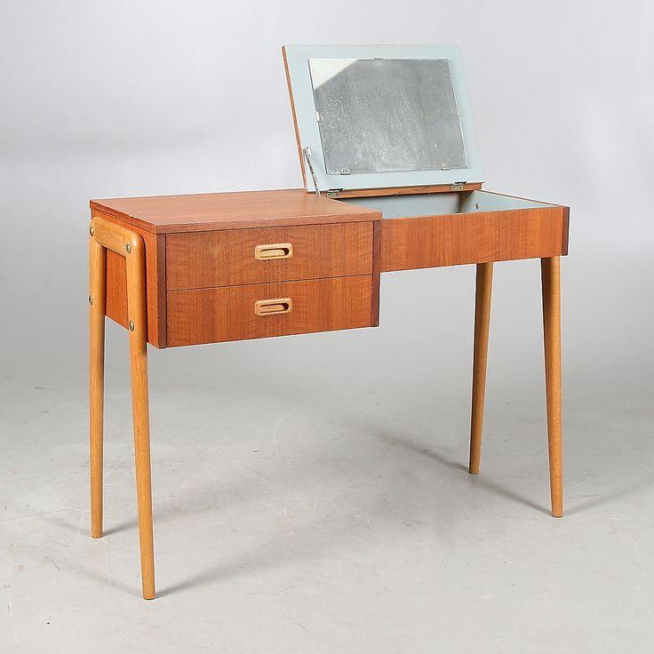 Bilder för 437700. SMINKBORD, teakfanér, 1950/60-tal. – Auctionet