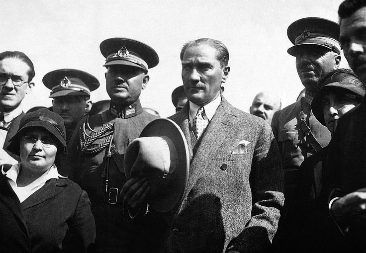 Atatürk Ankara'da (1926)