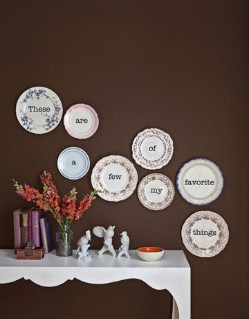Like the breakdown of the saying onto the separate plates ): Wall Colors, Wall Decor, Vintage Plates, Decor Ideas, Crafts Ideas, Favorite Things, Wall Plates, Plates Wall, Decor Plates