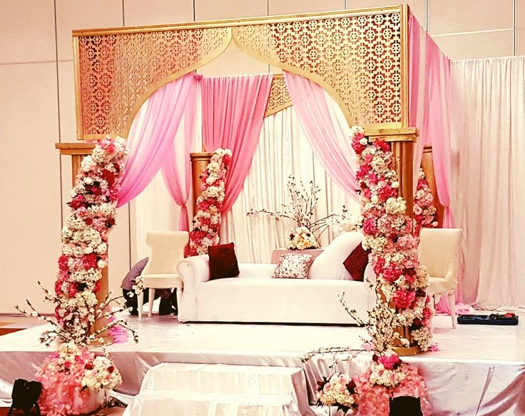 Pin On Wedding Stage Decoration For Arabic Pakistani
