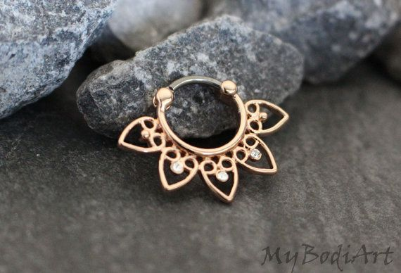 Gorgeous Rose Gold Crystal 16G Barbell Septum Clicker Piercing in Silver for Septum Ring, Nipple Ring, Tragus Earring, Conch Piercing, Cartilage