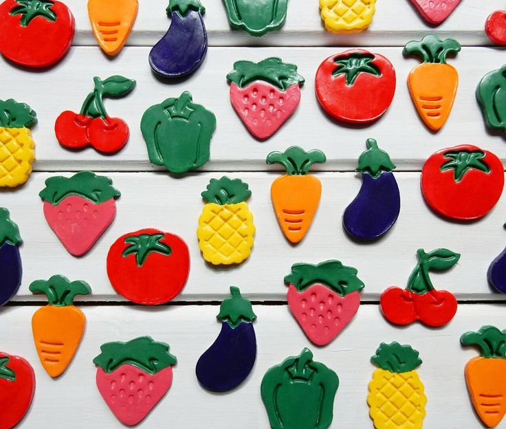 Get your 5 a day with these fun and bright fruit and veg clay magnets. Find out how to make them over on our blog!