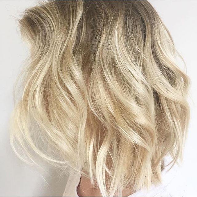 Inspiração cabelo loiro muso!