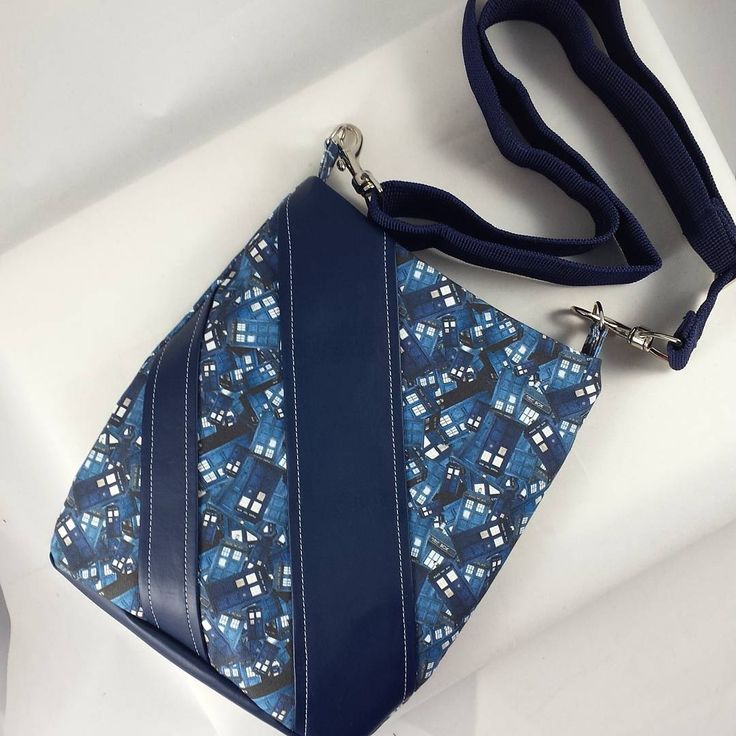 The Tardis get the Swoon Ramona Sewing Pattern treatment! Including some vinyl which adds a touch of interest to this timey-wimey Whovian crossbody bag! Stellar Evolution Designs can customize this pattern to ANY fandom for folks.