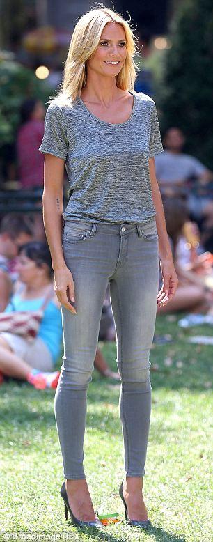 Heidi Klum in straight  leg jeans