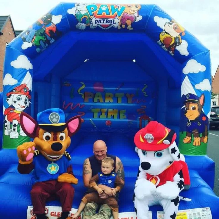 Paw Patrol Bouncy Castle and Slide with Paw Patrol Mascot visit from www.glendarragh.wixsite.com/album