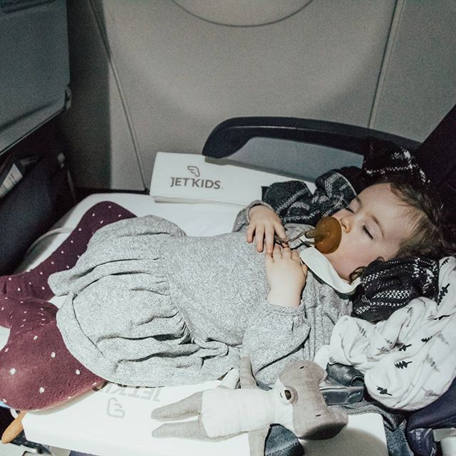 Fast sleep. Now what? What is your first priority once the kids nap? Is it to sleep as well? Or is it to watch a movie and eat in peace? #dilemma .  .  .  Photo is by @xanseye please ask permission and tag if you want to use.  .  .  #jetkids #jetkidscrew #travelwithkids #flyingwithkids