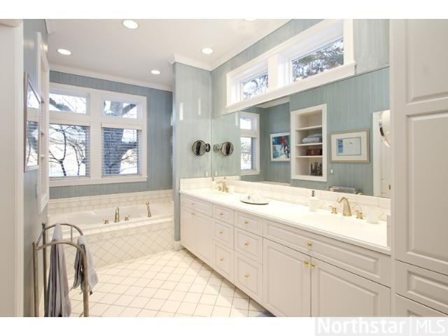 You may never want to leave your master bathroom with the jetted tub ...