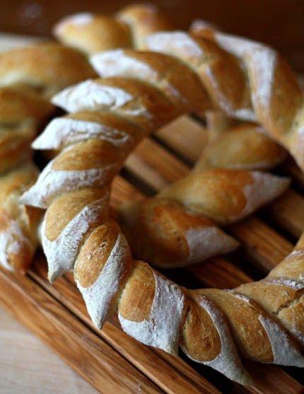 wreath bread
