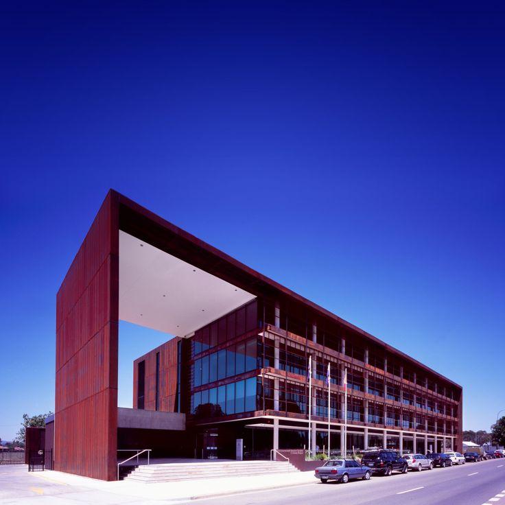 NSW Government Service Centre / Bates Smart