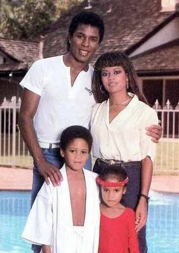 YOUNG LOVE & HAPPY B-DAY: Jermaine Jackson and ex-wife Hazel Gordy, daughter of Berry Gordy, Jr., and their two children. According to the National R+B Music Society, today is Hazel Gordy's birthday. Wow, this goes w-a-y back! Cute family photo!
