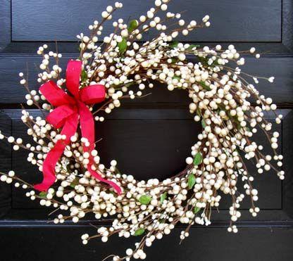 White Berry Wreath Creative Decorations By Ridgewood