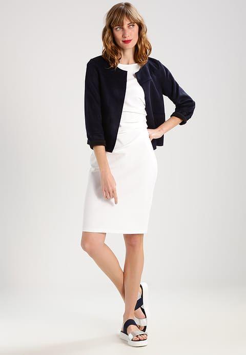 Köp  Baukjen IVANA  - Fodralklänning - soft white för 1275,00 kr (2017-08-15) fraktfritt på Zalando.se