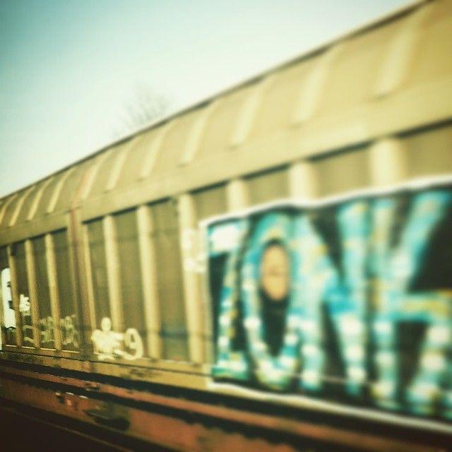 Mara @mosca_effimera Z wie Zonk am Zug...Instagram photo | Websta (Webstagram)
