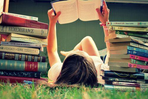 gotta love a bookworm. Senior idea.