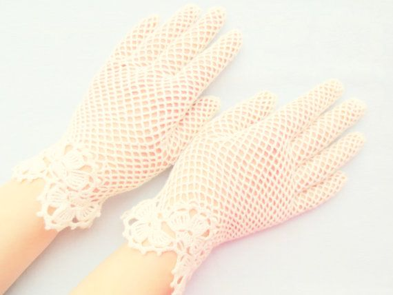 Bridal ivory irish lace gloves,crochet jewelry,elegant evening gloves,romantic wedding gloves,victorian style summer glove,gift idea for Her