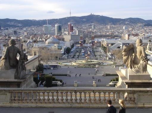 Vacanze estate 2013, nuovi voli per Barcellona da Cagliari e Olbia