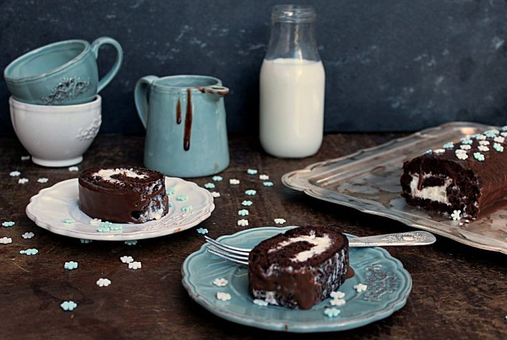 The 25+ best Chocolate roulade ideas on Pinterest ...