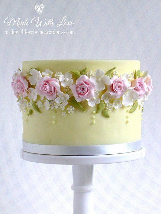 Rose Garland Cake