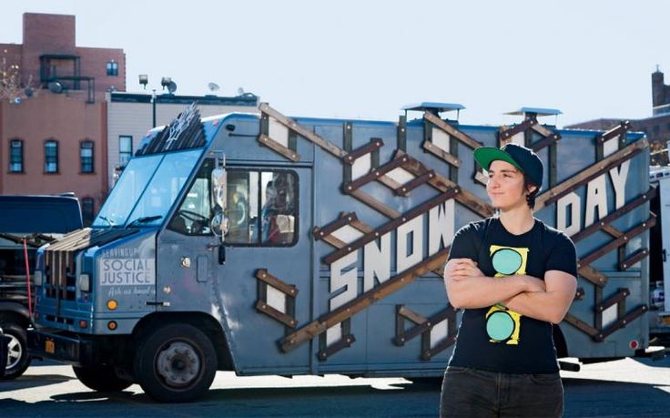 2016-March-April - Sierra - Sustainable Food, Sustainable Jobs - Photo: Jordyn Lexton runs a New York City food truck that employs youths just released from prison