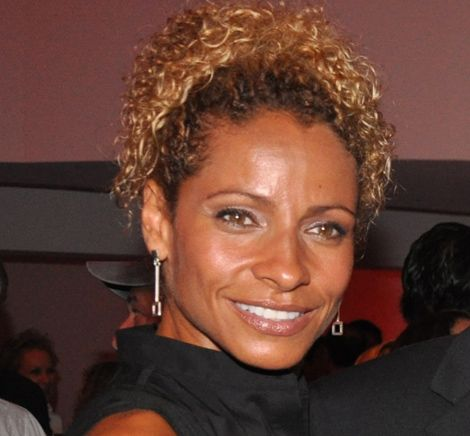 michelle hurd the glades | Michelle Hurd, 43, gets dirty in The Glades | miami.com