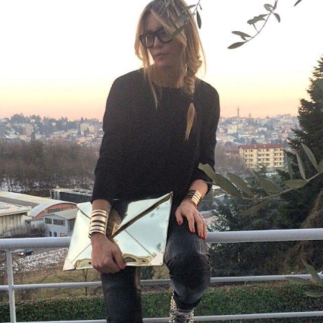 Elenoire Casalegno: Mi pare di vedere mia sorella che aveva un fidanzato di…