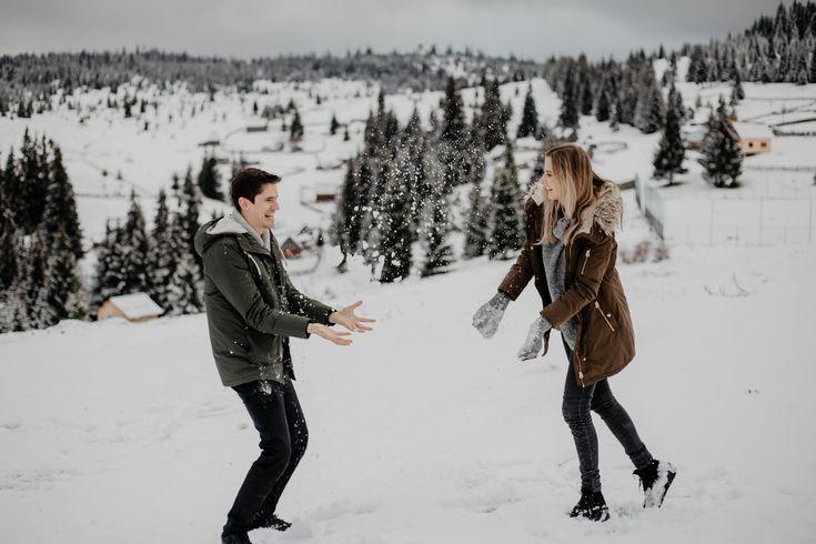 #couple #couplephotos #couplegoals #couplesphotography #photography #posing #hairgoals #family #winter #snow