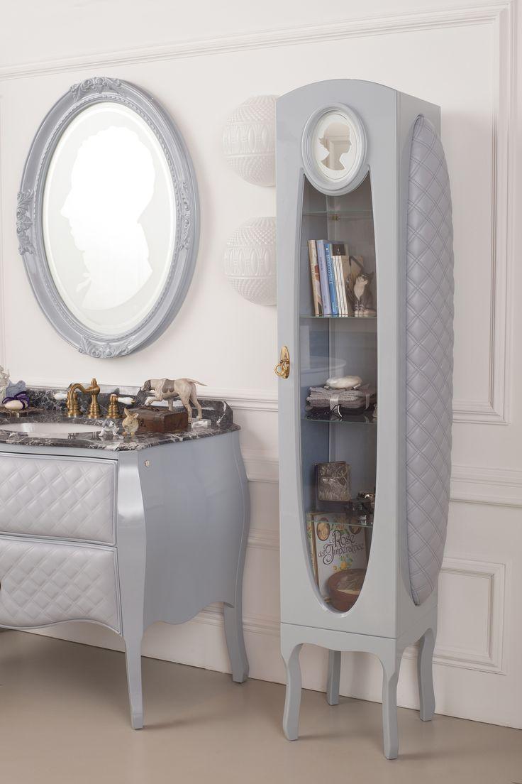 Cameo Bathroom, by Ypsilon